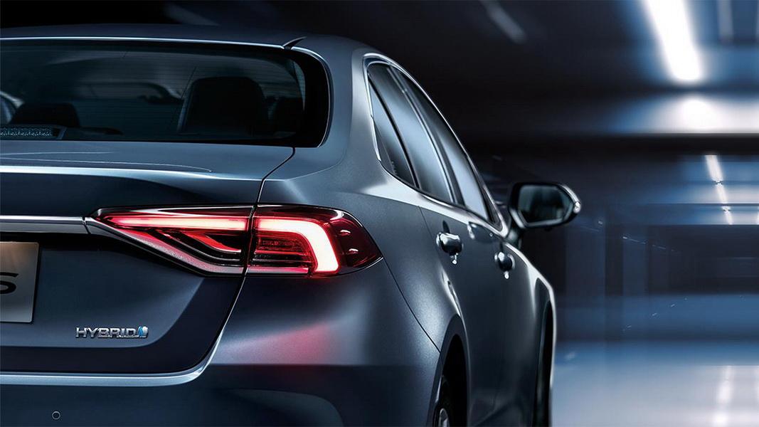 圖/ 2019 Toyota Corolla Altis(NEW) 1.8 Hybrid為同級車唯一全車系標配7SRS氣囊,主被動安全科技足足有32項。