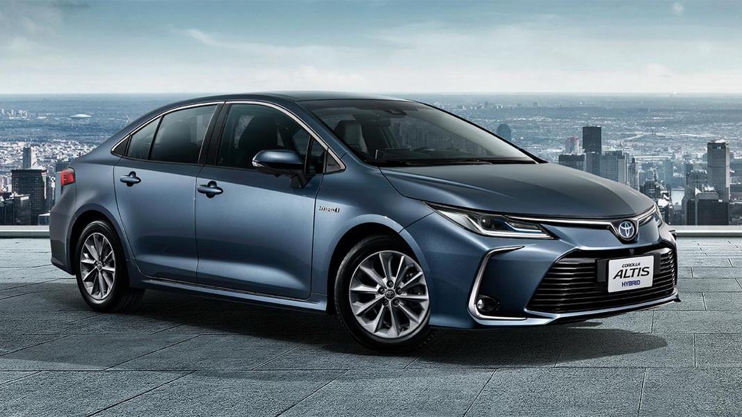 圖/2019 Toyota Corolla Altis(NEW) 1.8 Hybrid導入SELF-CHARGING Hybrid,能達到25.8km/l平均油耗,即時加速反應更也優於傳統汽油車。