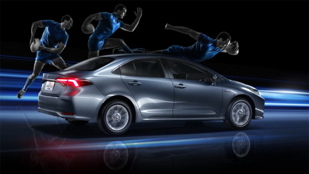 圖/2019 Toyota Corolla Altis(NEW) 1.8 Hybrid雖定位為小型房車,但透過突出的車側線條處理,塑造出動感活潑的跑格。