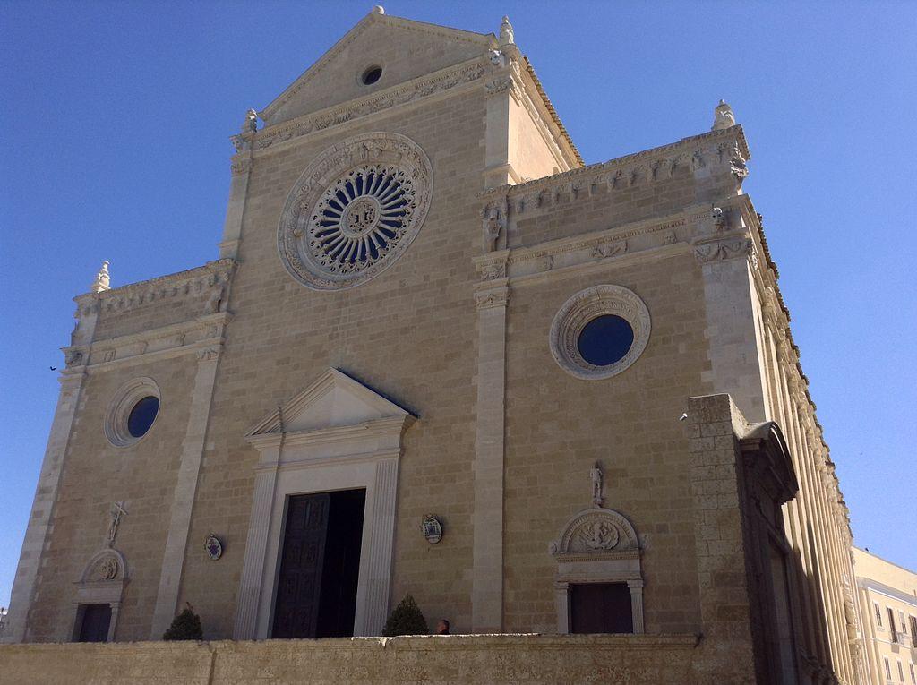 格拉維納大教堂 (Photo by Asia, License: CC BY-SA 4.0, Wikimedia Commons提供)