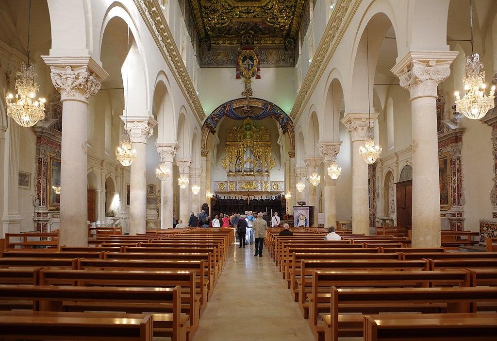 格拉維納大教堂 (Photo by Berthold Werner, License: CC BY-SA 3.0, Wikimedia Commons提供)
