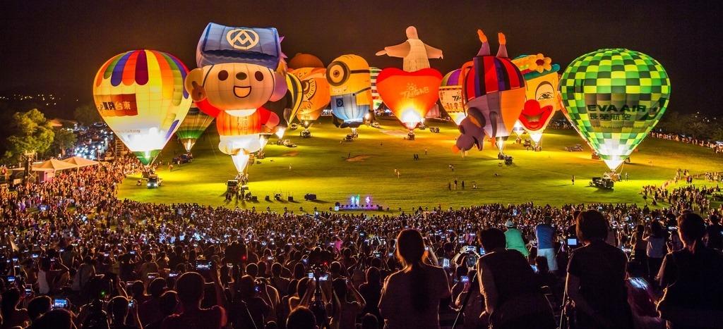 台東熱氣球嘉年華步入尾聲,光雕音樂會成為當中最受矚目的特別活動。圖/台東熱氣球嘉年華臉書粉絲專頁