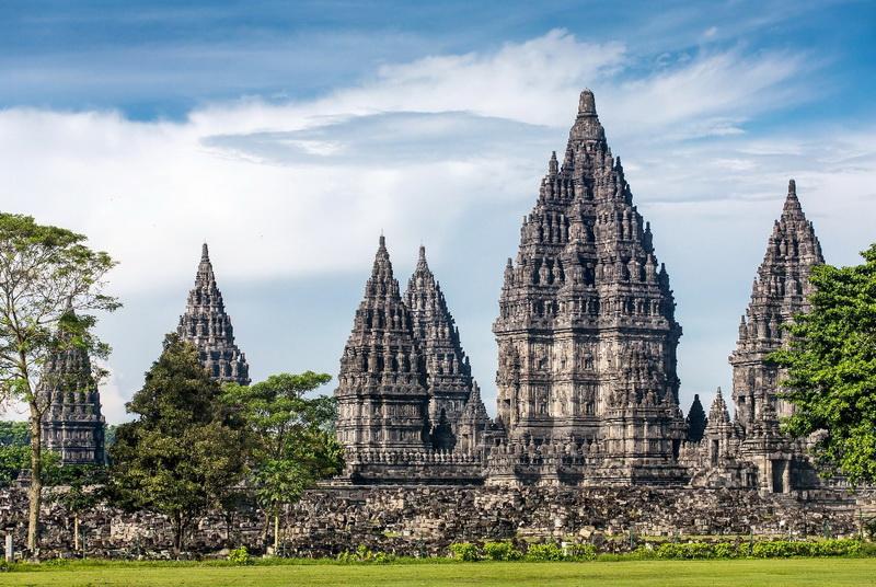 圖/布藍班南印度廟是印尼最大的印度教建築