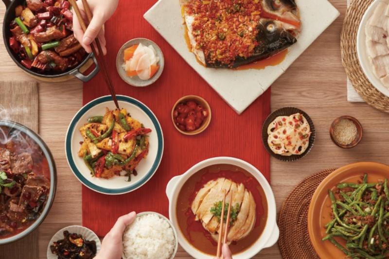 如同店名,開飯打造出有如回家一同吃飯的溫馨環境。