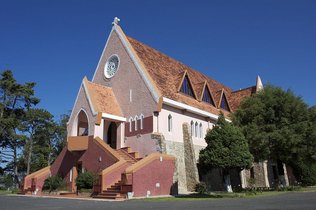 瑪莉修道院 (Photo by Trần Huy Phương, License: CC BY-SA 3.0, Wikimedia Commons提供)