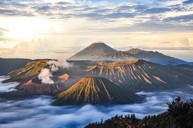 圖/婆羅摩火山是印尼泗水知名的火山奇景,是必訪景點之一