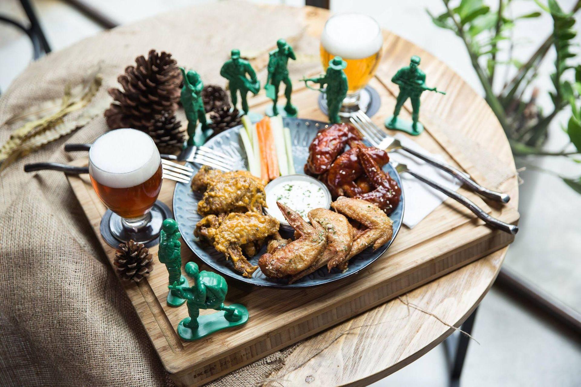調味雞翅和精釀啤酒,還有什麼更吸引人的?