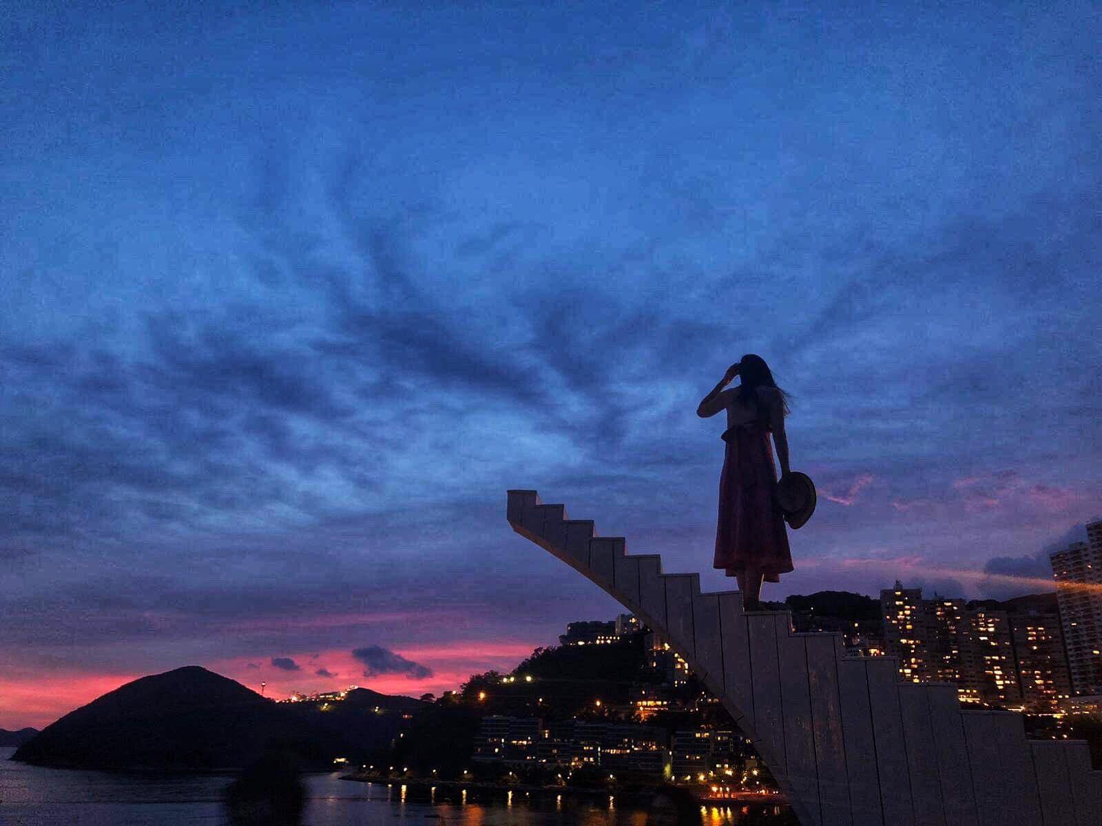 夕陽中的天國階梯好唯美 (圖片來源:The Pulse FB)