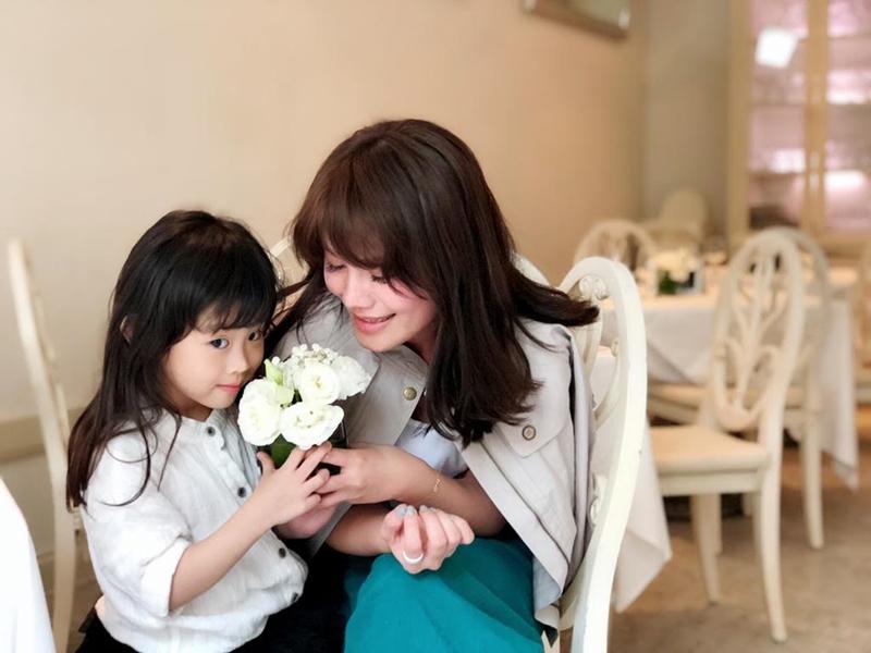 【親子時尚】女兒NO妹5歲就懂「演很大」 出招耍賴讓朱海君傻眼