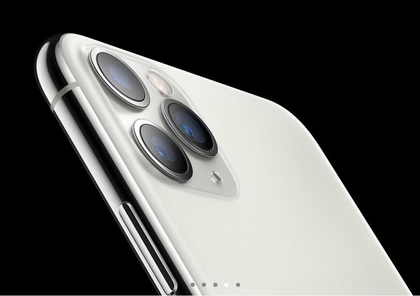 圖/如外界所預料的,外觀搭載了雙鏡頭與三鏡頭。(Apple官網)