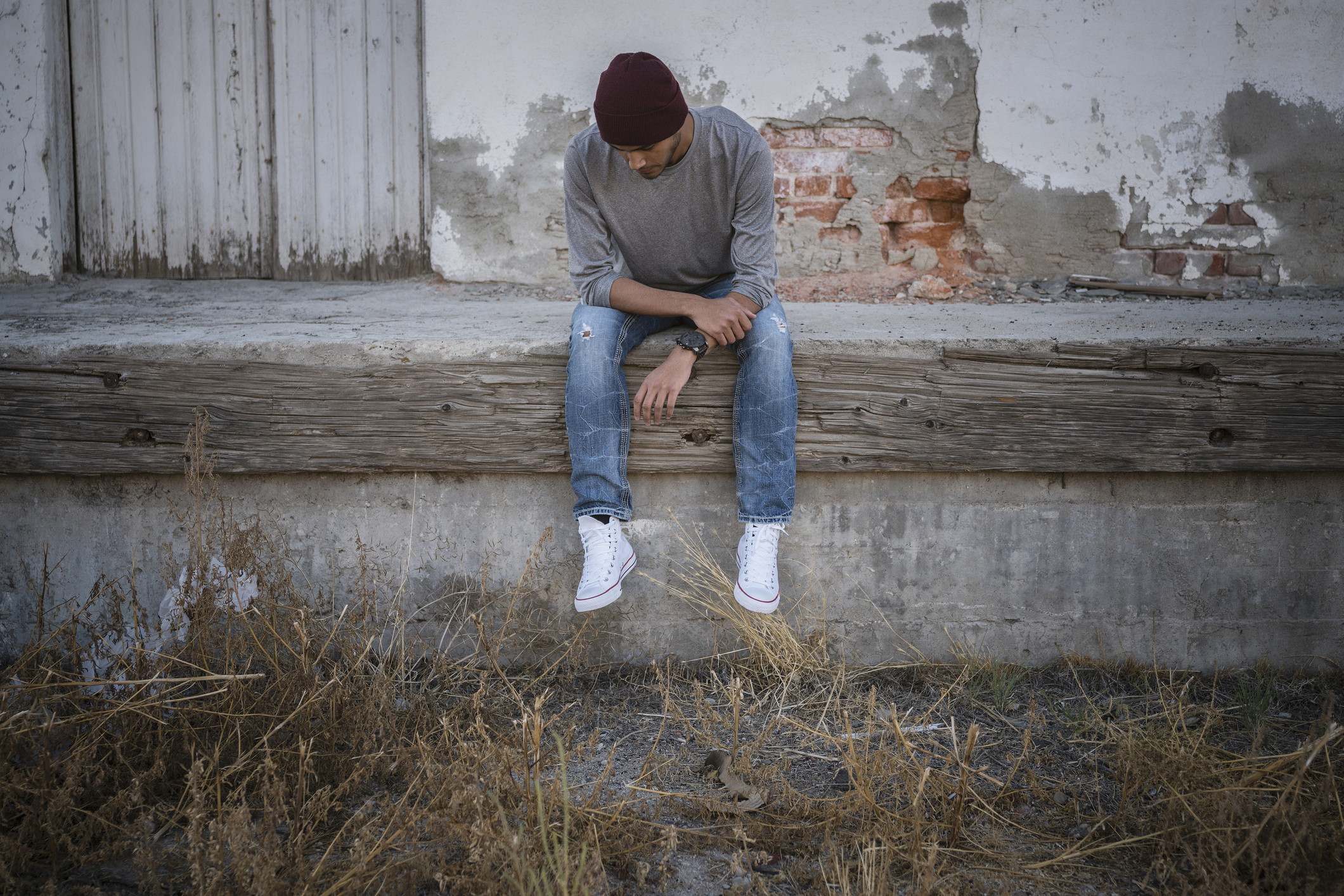Are we in the midst of a male loneliness epidemic? [Photo: Getty]