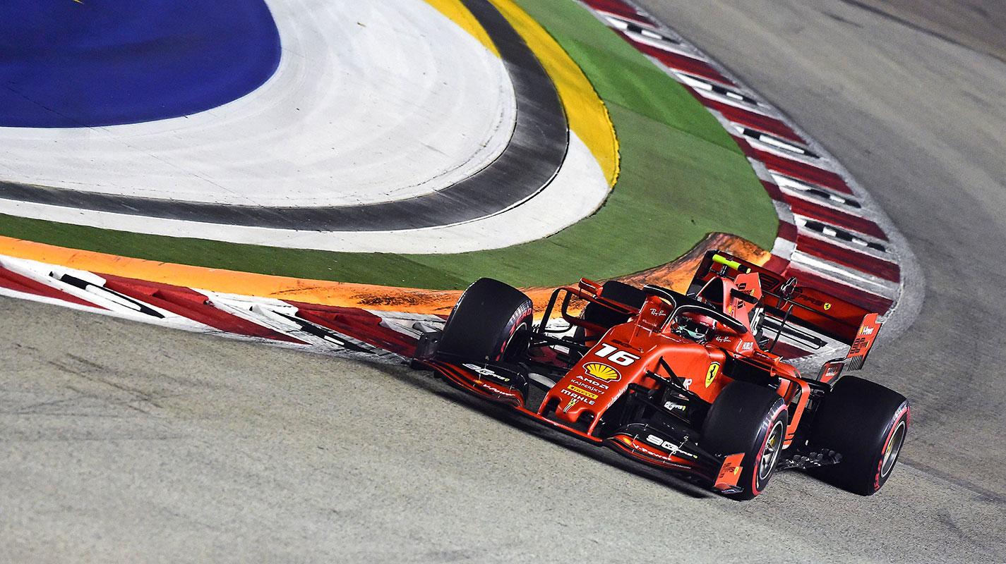 """Leclerc在""""瘋狂""""的竿位爭奪中三度差點撞車"""