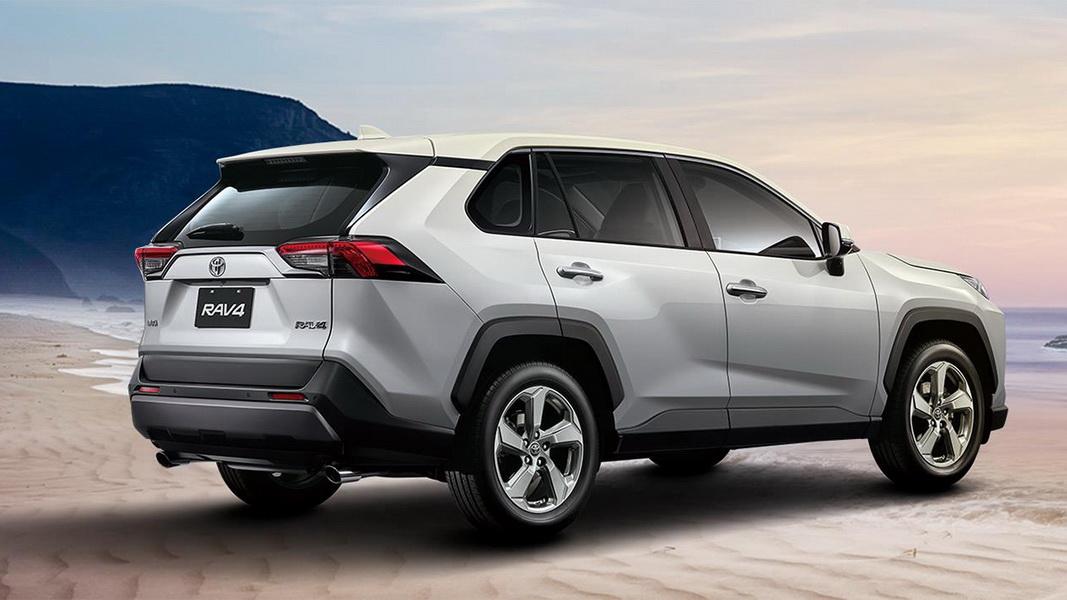 圖/大改款的2019 Toyota RAV4 2.0旗艦,以幾何多邊形概念貫穿全車設計,車側肌肉線條與18吋鈦銀鋁圈完美搭配,展現出濃濃的運動氣息。