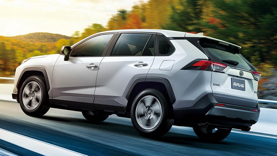 圖/2019 Toyota RAV4 2.0旗艦以TNGA新世代造車工藝打造,搭載2.0L Dynamic Force汽油引擎、搭配Direct Shift-CVT變速箱,最大馬力輸出達173hp以及20.7kgm扭力。