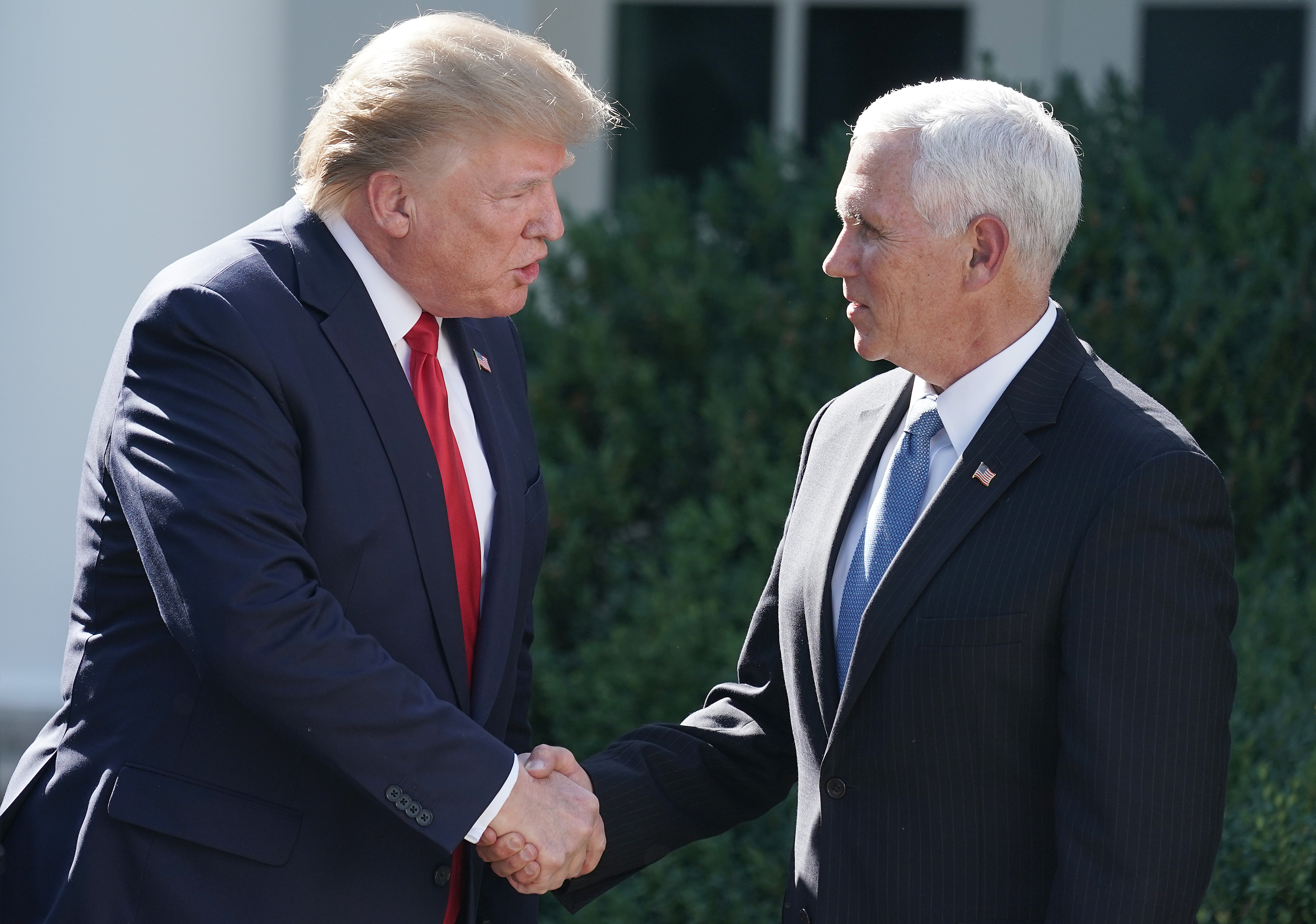 Trump denies he suggested Pence stay at his Irish country club