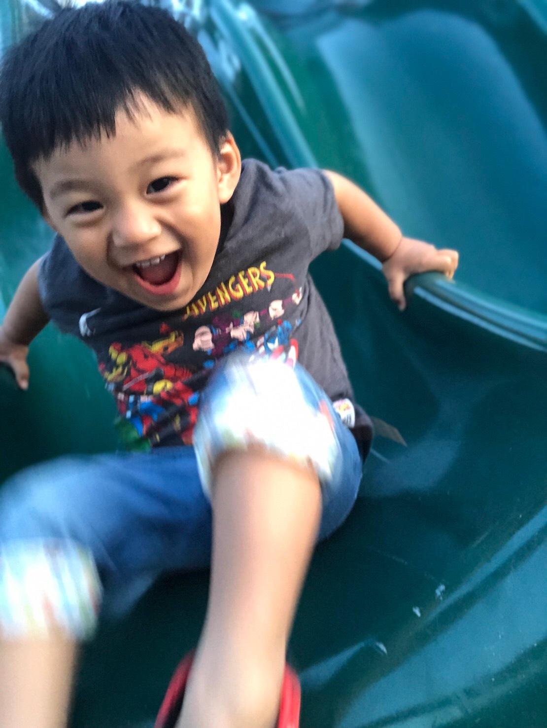 ▲雖沒有安排觀光景點,但李培禎時常帶孩子們戶外活動。