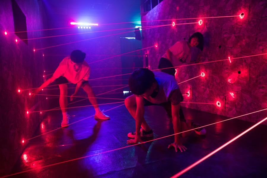 光束任務訓練手腳協調性 。攝影/李文欽