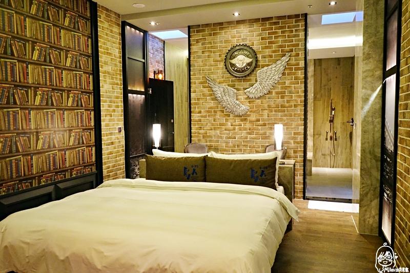 鳥人創意旅店