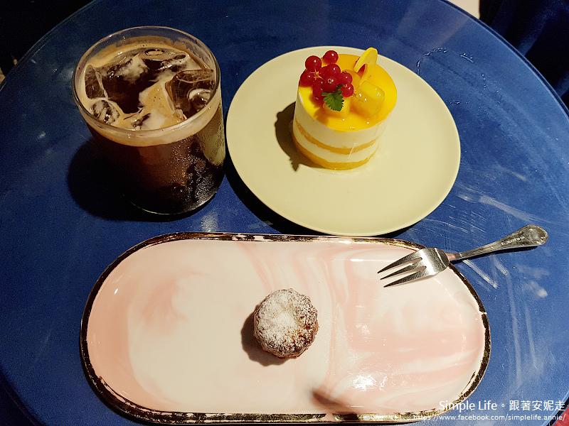 HOTEL SEINE CAFE (호텔세느장)