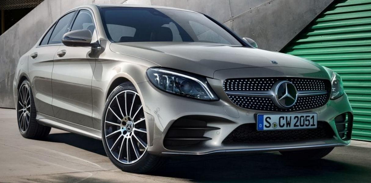 圖/進口豪華轎車由Mercedes-Benz C-Class以460輛成績穩坐第一,自家E-Class則以257輛緊追在後。