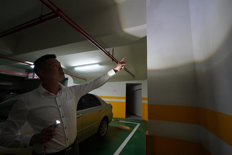 ▲王祥緯買屋遇漏水問題,好在事後建商願意負起修繕責任,並延長後續保固,暫時解決了住戶的困擾。