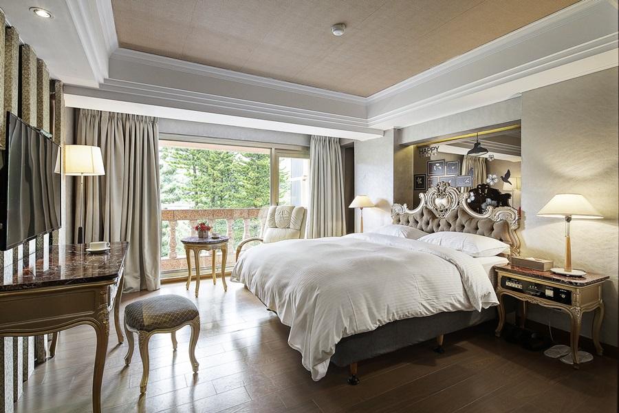 華麗典雅的法式家具形塑新古典。攝影/張晨晟