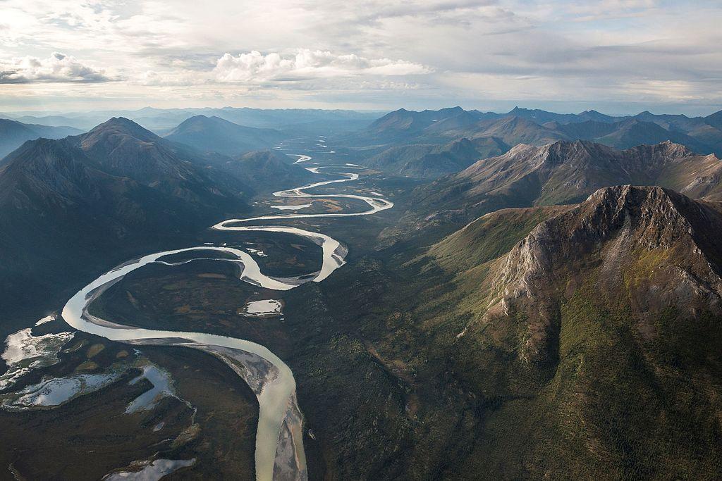 北極門國家公園暨保護區 (Photo by National Park Service, Alaska Region / Sean Tevebaugh, License: CC BY 2.0, 圖片來源www.flickr.com/photos/alaskanps/16524035298)