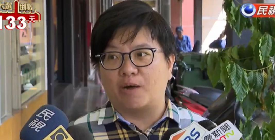 韓國瑜自掏腰包買麻花捲?被踢爆政治獻金出錢