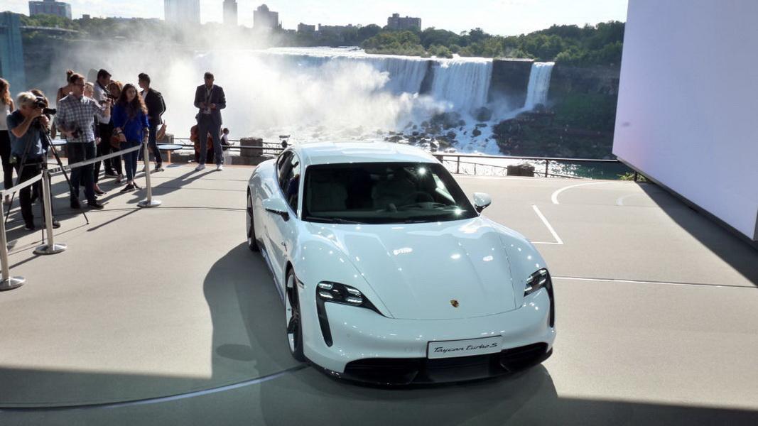 圖/紐柏林北環賽道為世界知名賽道,吸引許多汽車廠商與汽車媒體測試汽車性能,Porsche Taycan Turbo S也早已挑戰過,寫下7分42秒(20.6公里)的好成績。