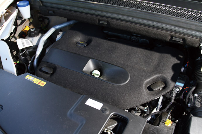 引進國內的Grand C4 SpaceTourer統一搭載2.0升BlueHDi渦輪增壓柴油引擎。 版權所有/汽車視界