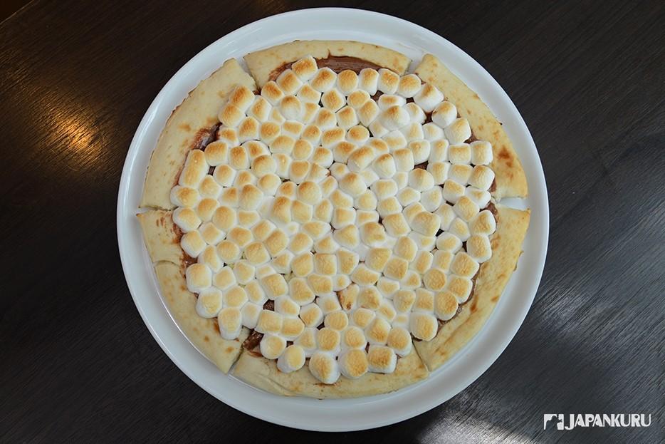 巧克力棉花糖披薩