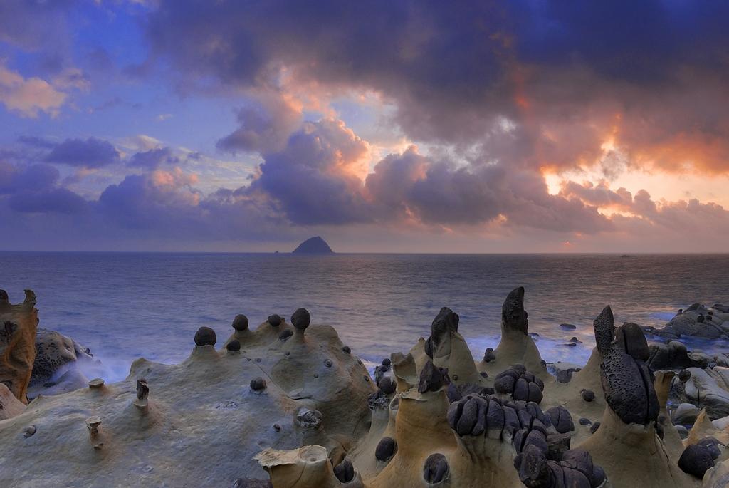 和平島公園擁有豐富多變的地質景觀,可以說是最天然的生態教室。圖/觀光局