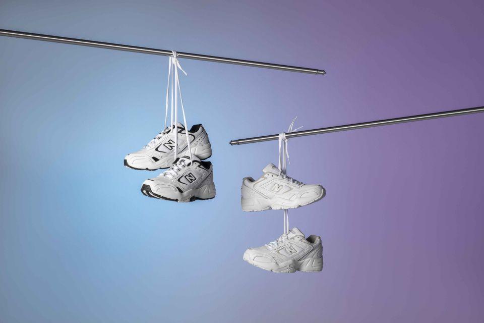 【VG球鞋控】IU御用全白NB老爹鞋、adidas Originals奶油甜桃色NITE JOGGER跑鞋讓運動更甜更浪漫