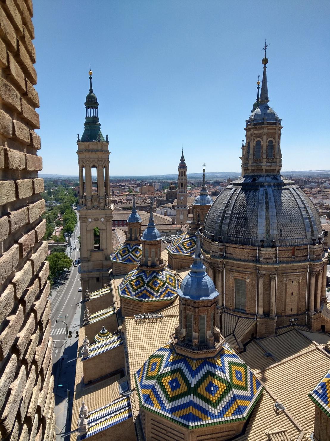 ▲西班牙著名的教堂,感受鬼斧神工的神奇。
