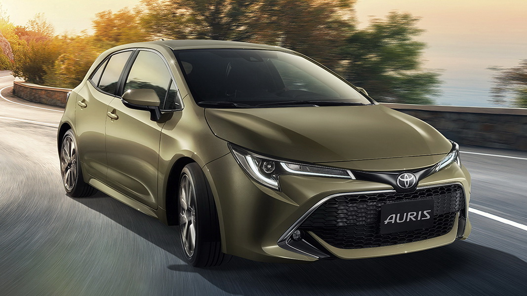 圖/2020 Toyota Auris 2.0旗艦版採蜂巢式大型進氣壩設計,結合頭燈與前保桿造型,營造出大器動感的視覺感。
