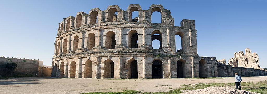 艾爾迪約姆的圓形競技場 (Photo by Jerzystrzelecki, License: CC BY-SA 3.0, Wikimedia Commons提供)