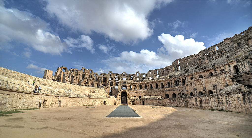 艾爾迪約姆的圓形競技場 (Photo by Houssem.dafdouf, License: CC BY-SA 4.0, Wikimedia Commons提供)