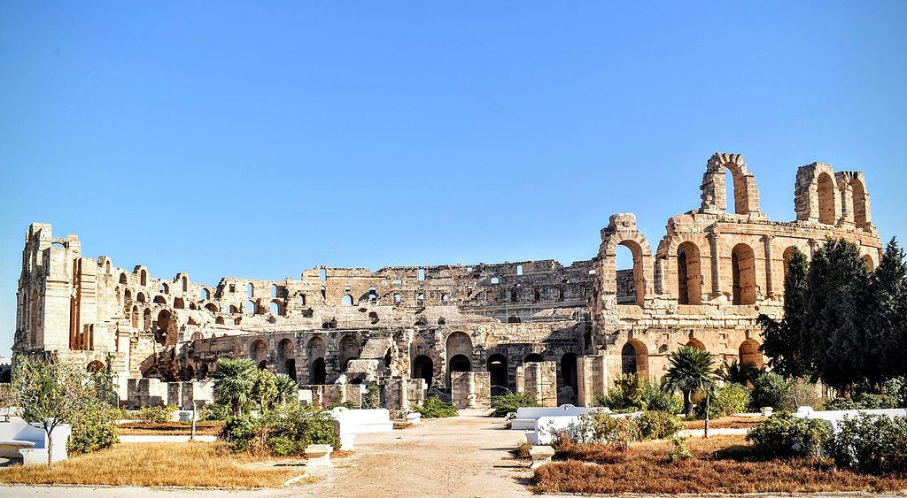 艾爾迪約姆的圓形競技場 (Photo by Cheima fezzani, License: CC BY-SA 4.0, Wikimedia Commons提供)