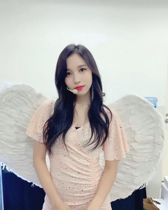 Mina睽違近三個月首度登上舞台。(截自TWICE twitter)