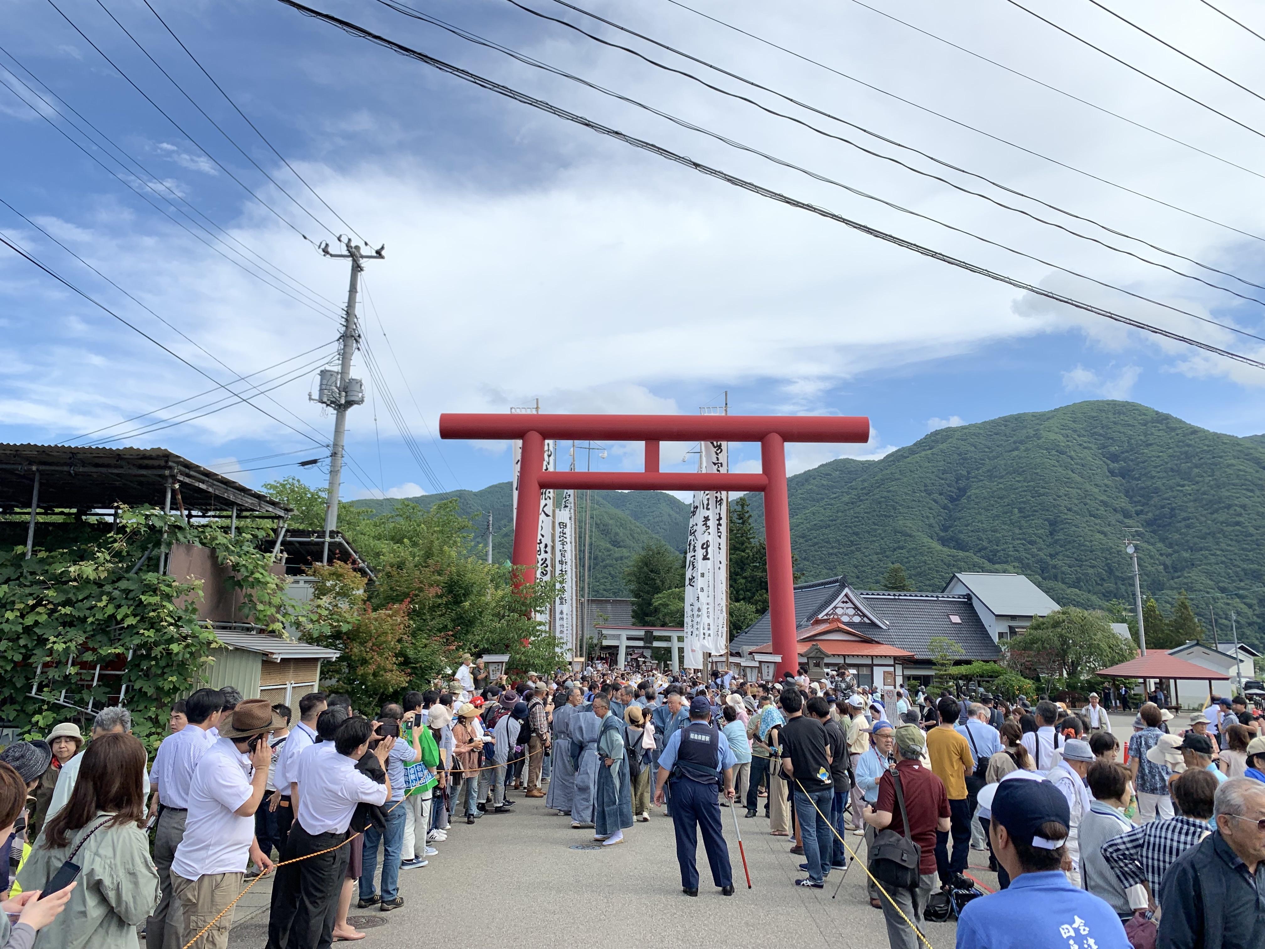 「會津田島祇園祭」的重頭戲「七行器行列」。