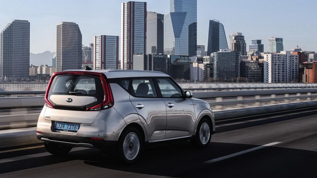 圖/許多國外汽車編輯在韓國試駕之後,紛紛推薦Kia Soul EV為入門級電動車最佳選項,Kia Soul EV也即將在年底台北車展亮相。