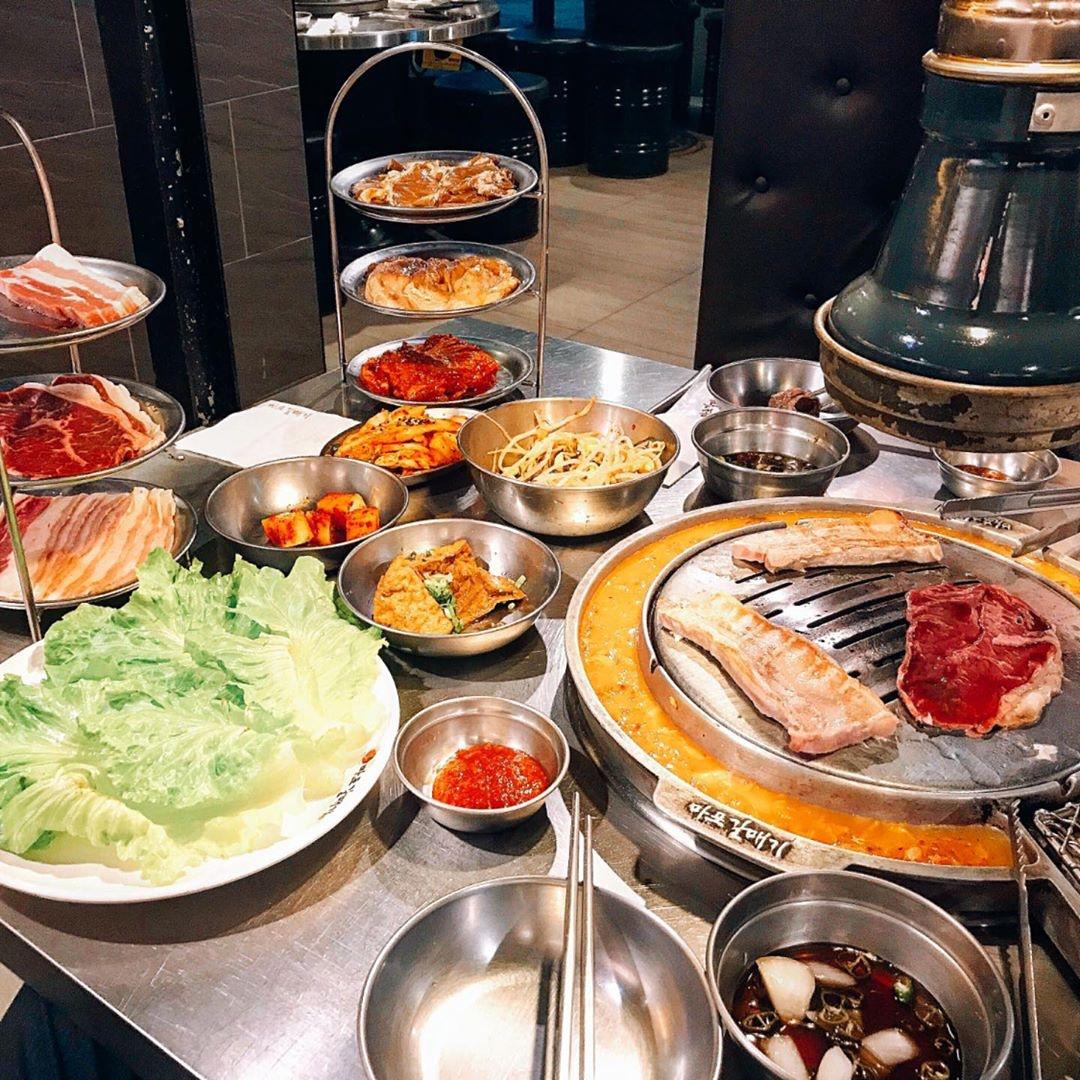 新麻蒲海鷗為韓國最大燒肉連鎖品牌,將韓國烤肉文化原汁原味引進台灣。