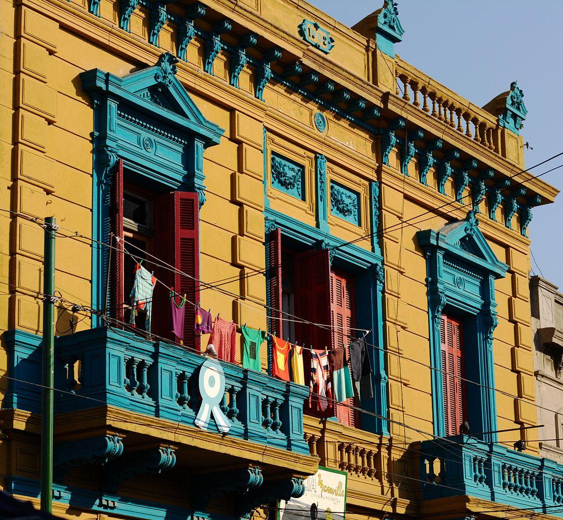 拉博卡 (Photo by Luis Argerich from Buenos Aires, Argentina, License: CC BY 2.0, 圖片來源www.flickr.com/photos/29638083@N00/2699467328)