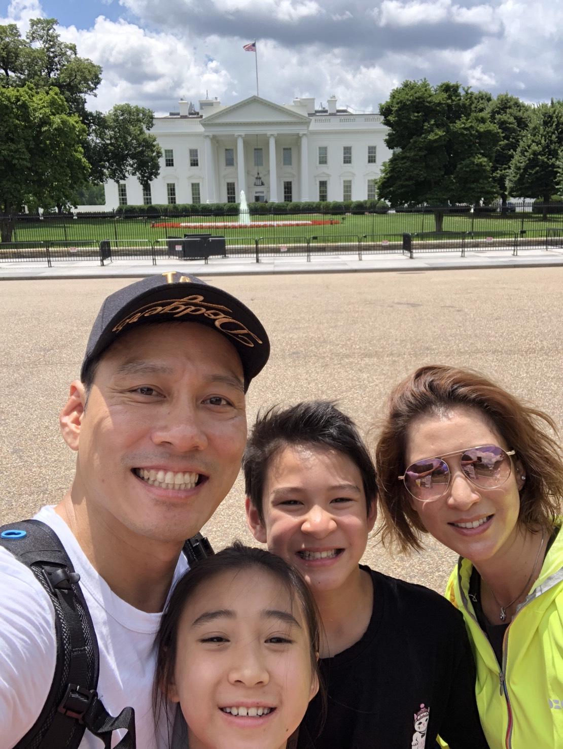 ▲為了讓兒子學習美國歷史時更有感覺,艾力克斯也安排白宮等知名景點。