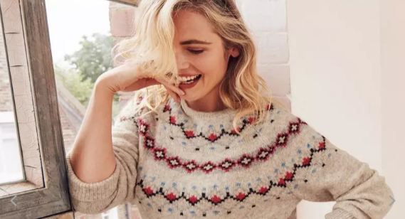 """Shoppers have spotted an """"rude"""" design on a FatFace jumper [Image: FatFace]"""