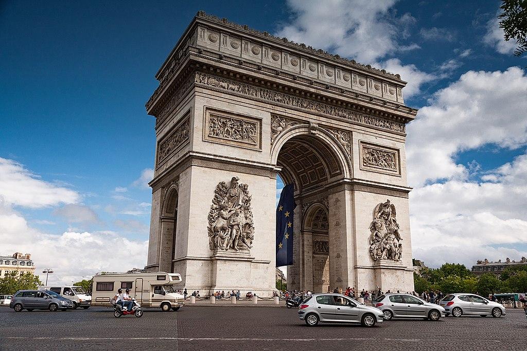 凱旋門 (Photo by iankelsall1, License: CC0, 圖片來源pixabay.com/photos/arc-de-triomphe-paris-landscape-2975433)