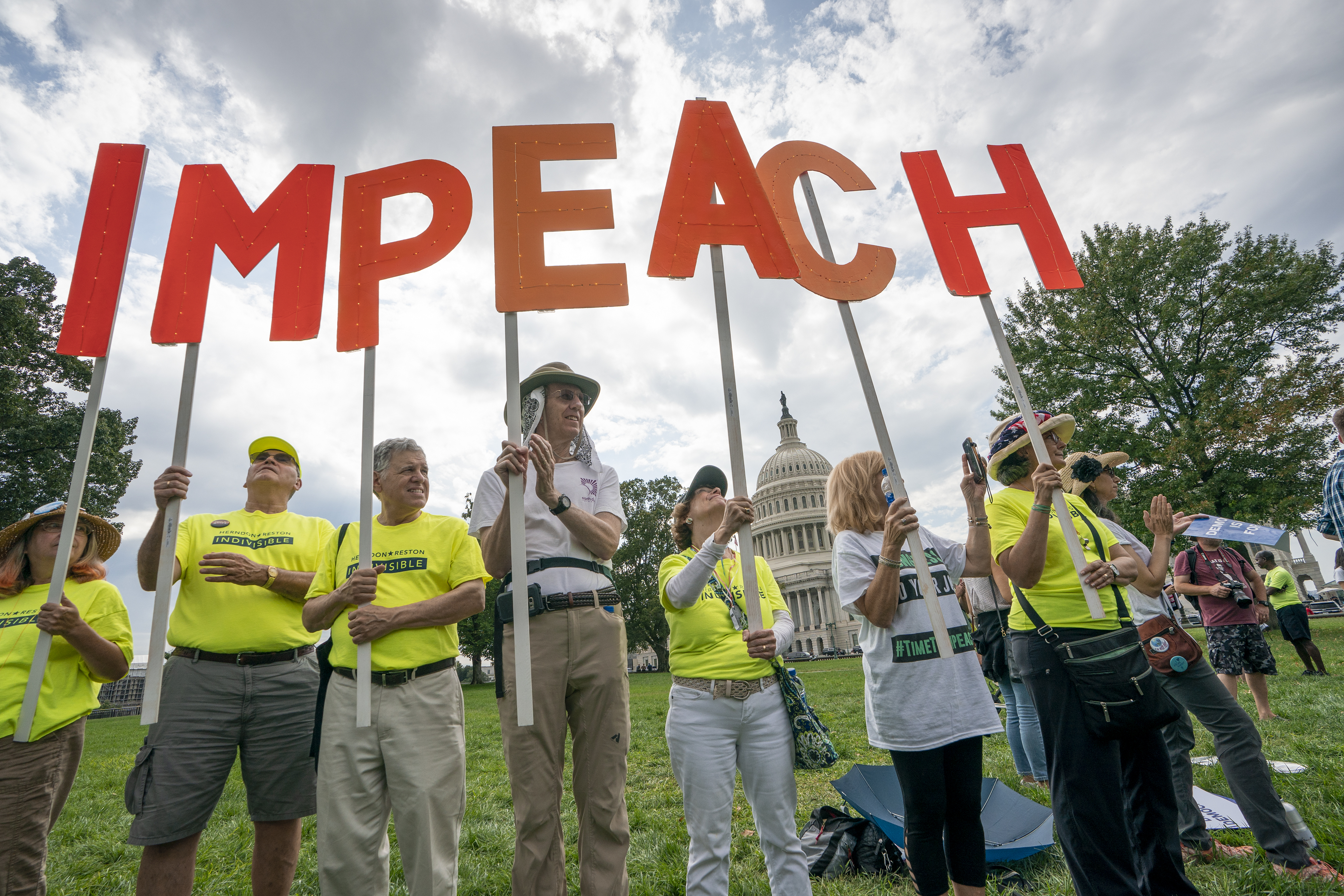 Activists rally for the impeachment of President Donald Trump, at the Capitol in Washington on Sept. 26, 2019.  (Photo: J. Scott Applewhite/AP)