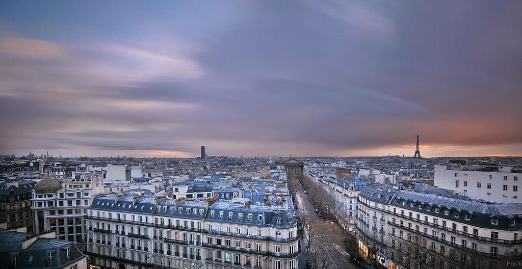 巴黎春天百貨景觀 (Photo by ros k @ getfunky_paris, License: CC BY 2.0, 圖片來源www.flickr.com/photos/39731845@N03/6630348191)