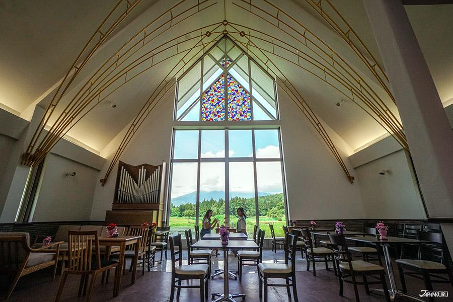 花園教堂咖啡館Mon Ami