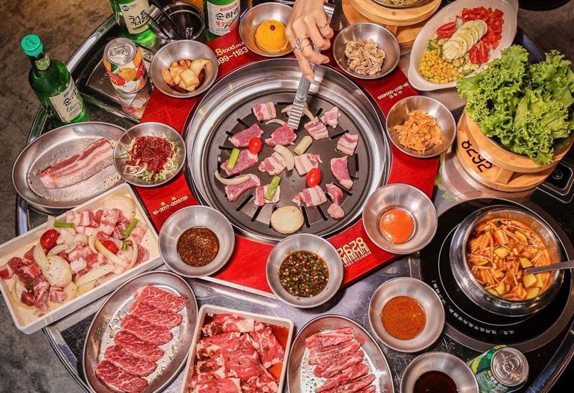 8292烤肉為八色烤肉旗下品牌,韓國店員的親切服務,營造出身在韓國的氛圍。